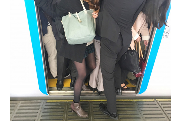 妊娠 満員電車