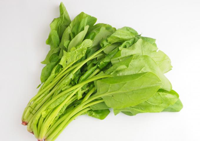 妊娠中の葉酸食材「ほうれん草」