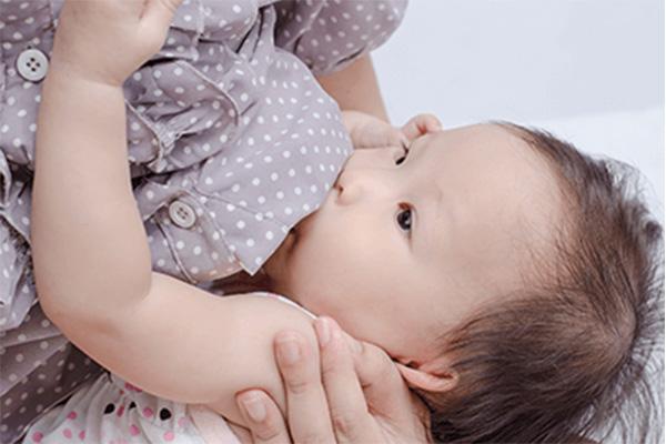 妊娠 上の子 授乳