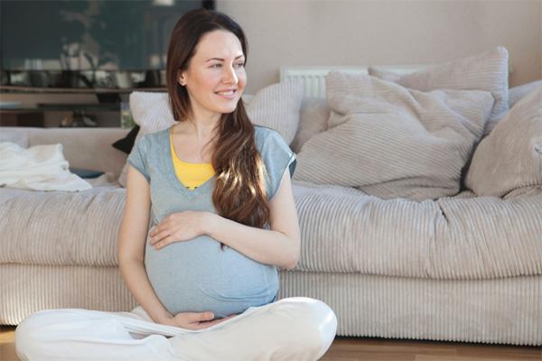 妊婦 あぐら 正座