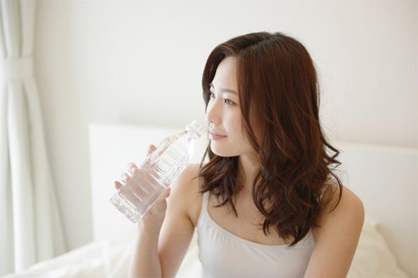 妊婦さんはこまめに水分補給