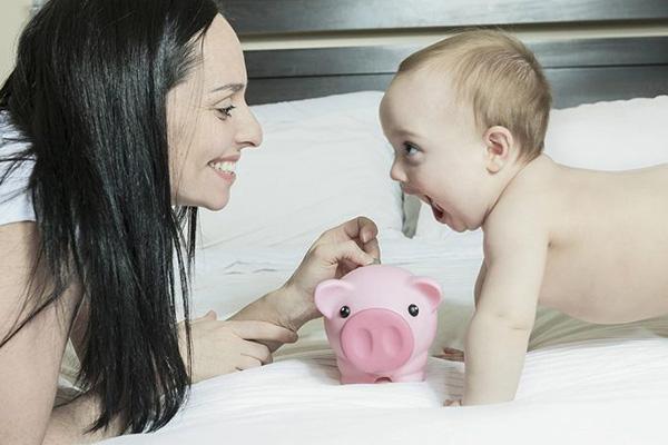 双子 産休 給料