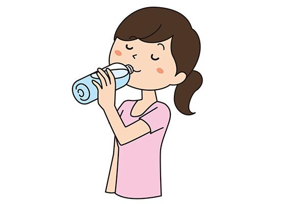 産後ダイエット 水を飲む