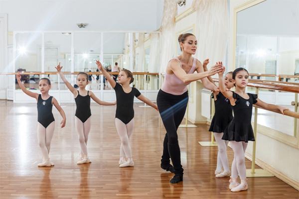 幼稚園の習い事 バレエ