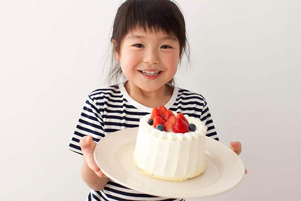 ケーキ屋さんになった子供